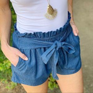 Infinity Raine Shorts - Denim tie front shorts